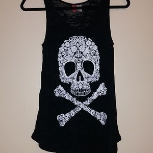 ☠Burn out tee H&M